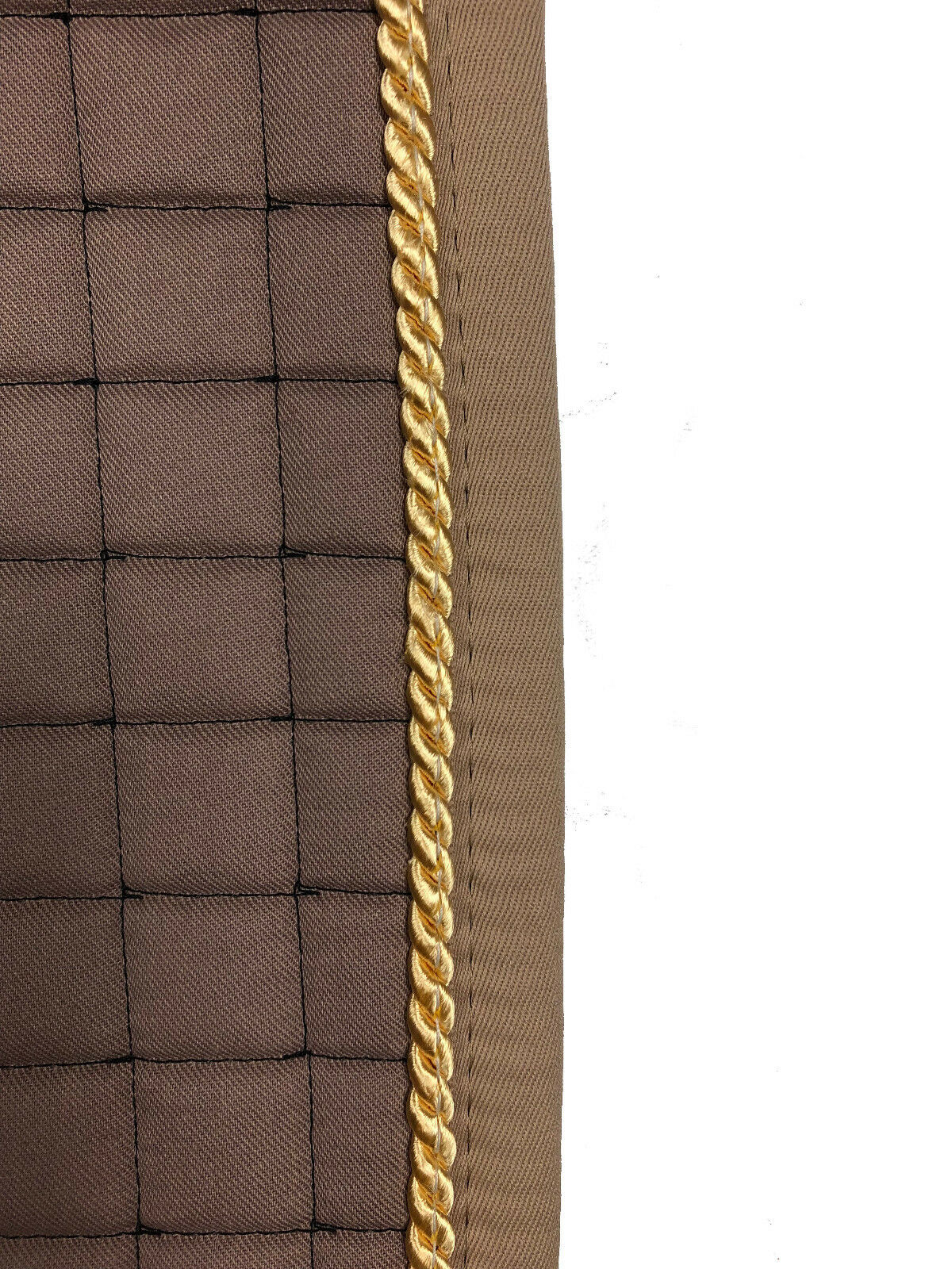 Schabracke Dressurschabracke mit mit mit polsterbaren Taschen walnuß auch mit Lammfell 7c13ee