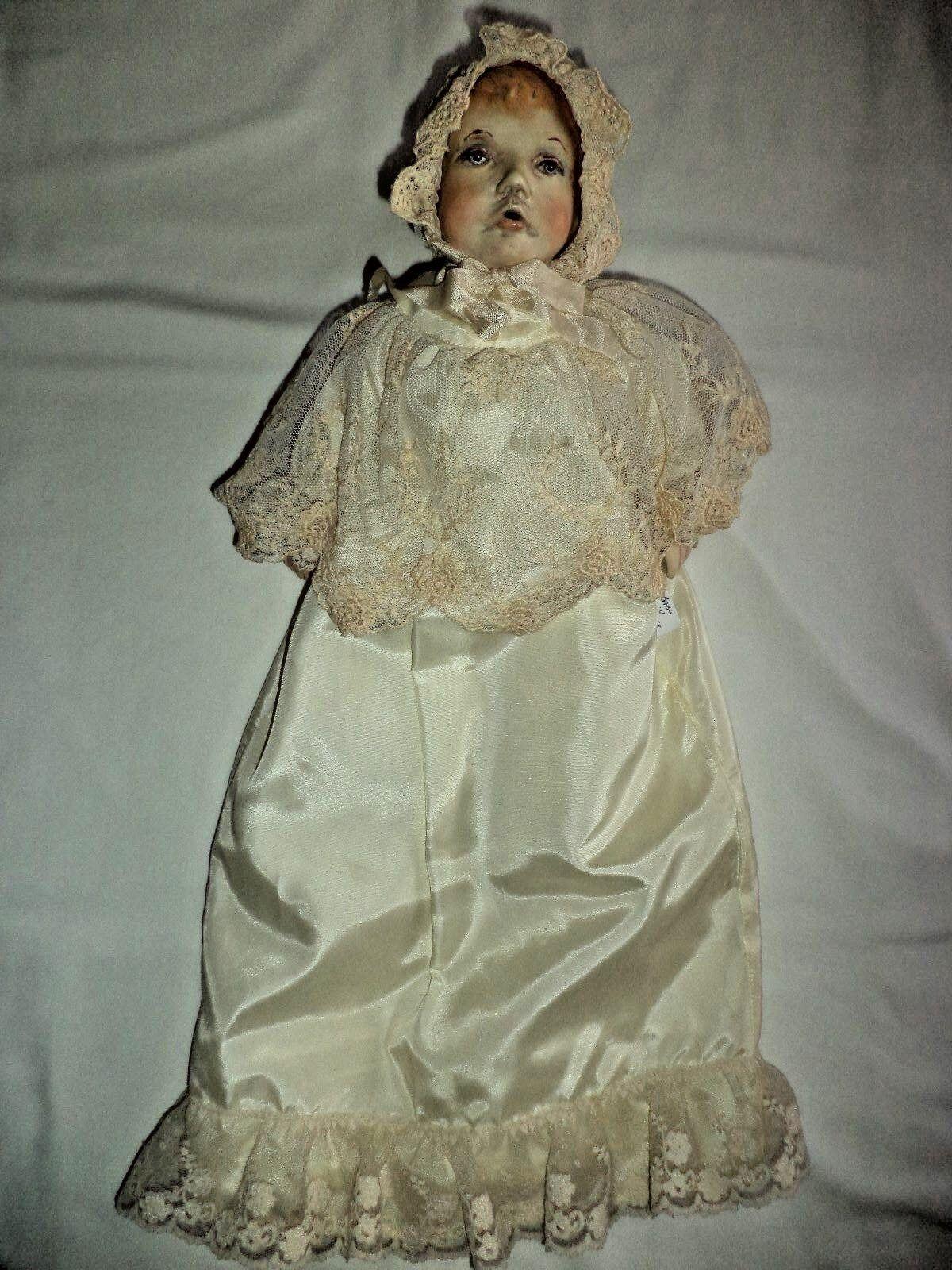 Francesca LE 50  Bebé En Cesta  Antigua Muñeca
