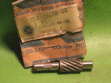 YAMAHA RD250 R5 LS2 DT1 RT3 TW200 XS1 XS400 SPEEDOMETER GEAR OEM #214-25138-00