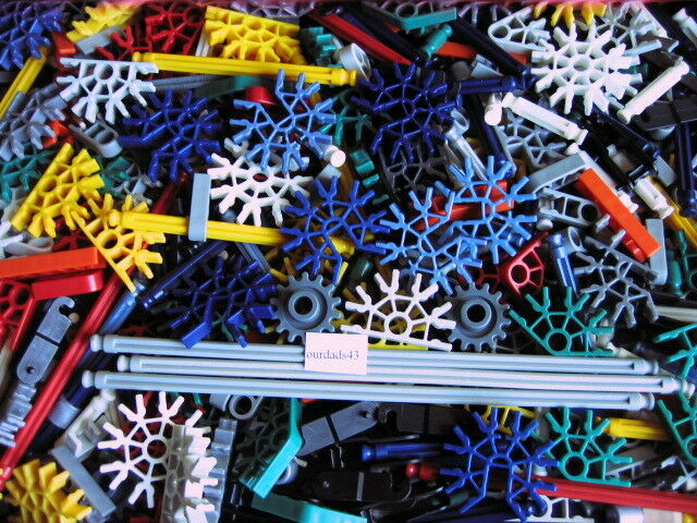 KNEX - Large Assorted selection of K'nex - 700+ pieces