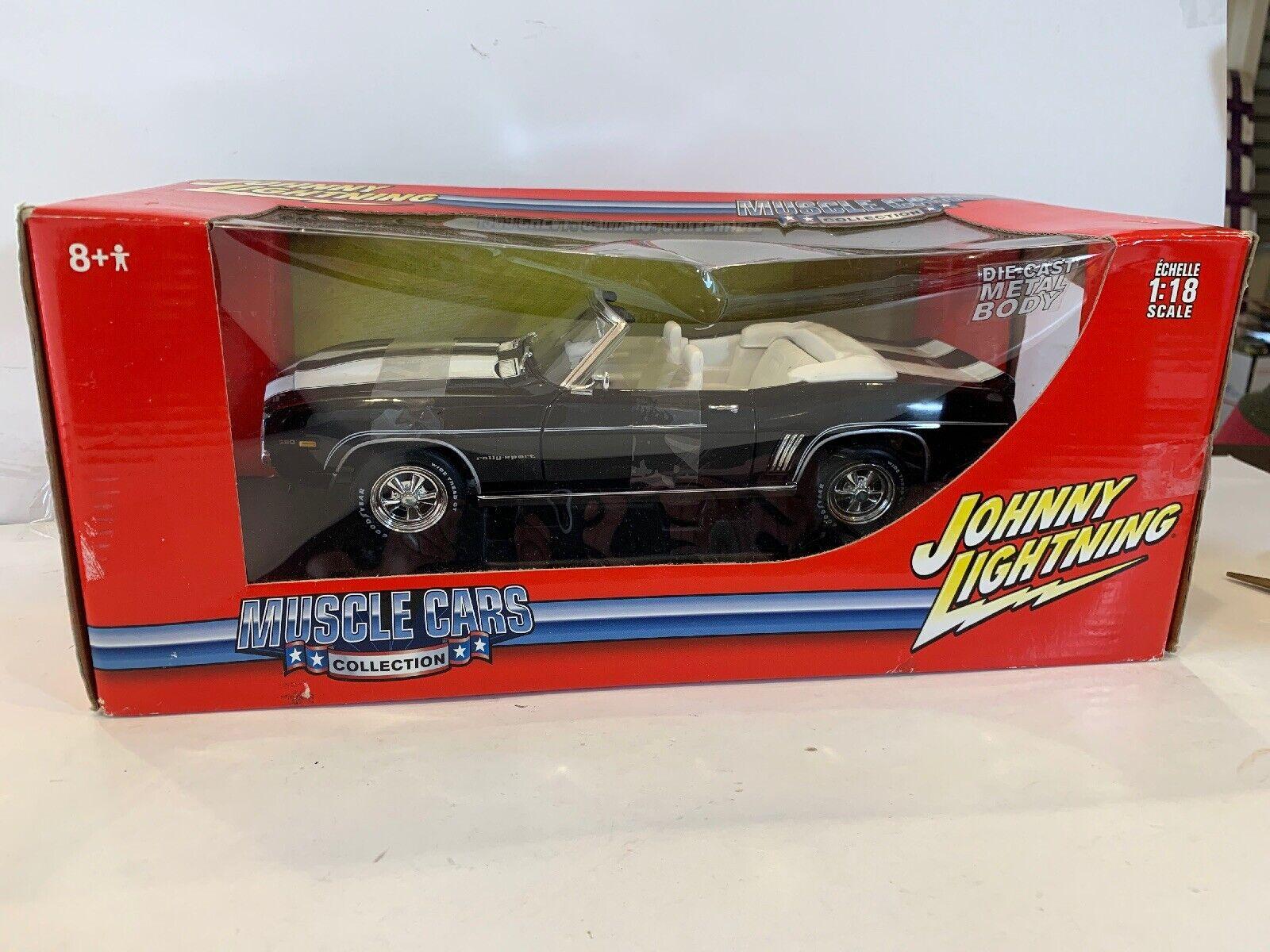 NIB 1  18 Johnny flash 1969 Chevrolet camarro converdeible