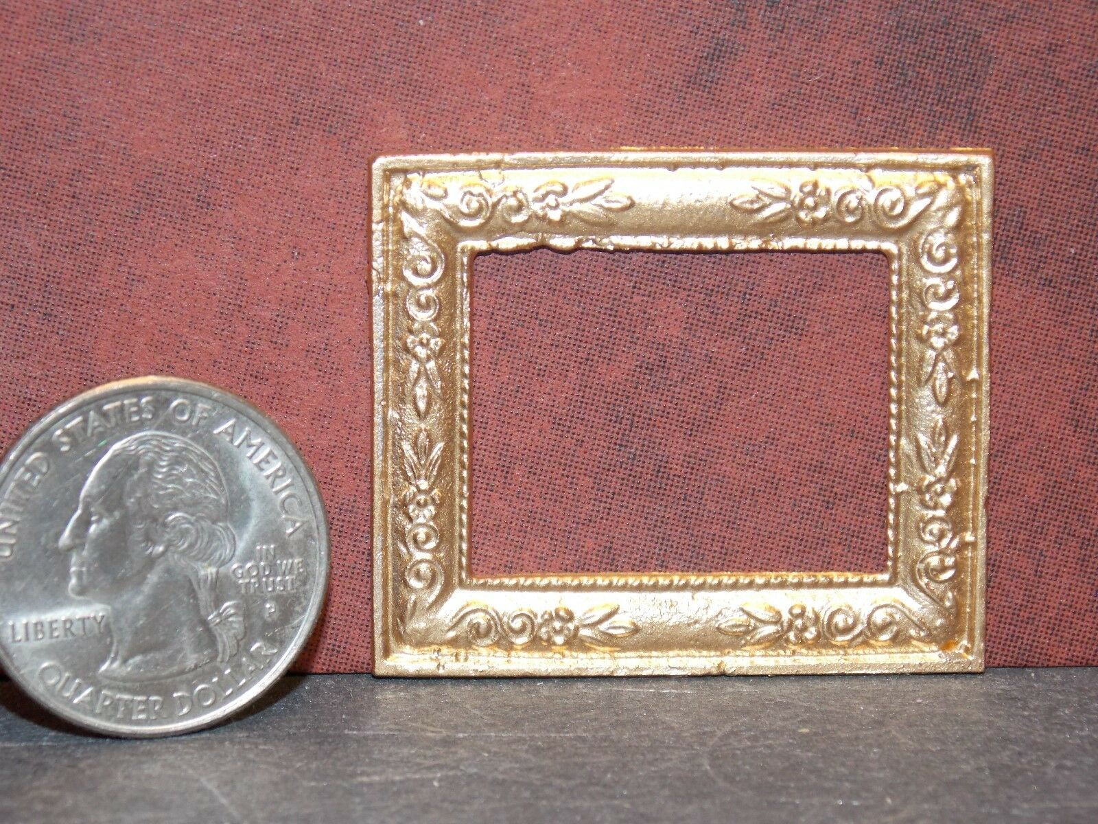 Dollhouse Miniature Metal Gold Picture Frame 1:12 inch scale Z49 Dollys Gallery
