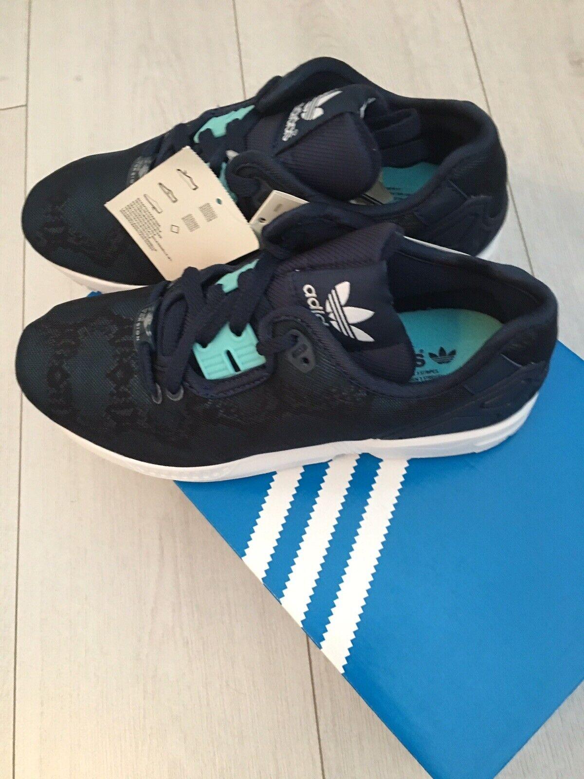 Adidas Zx Flux Decon bluee Loapard Print Size 4.5