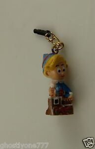 Hermey-from-Rudolph-red-nosed-reindeer-cell-phone-charm-ear-cap-dust-plug