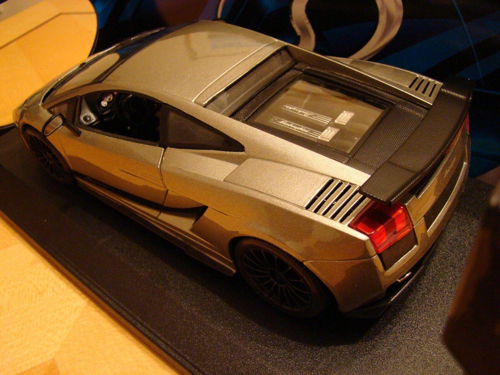 Quand tu fête la nouvelle année, je je je suis heureux. 1/18 Lamborghini Gallardo V10 Superleggera   Edition Noir Gris RARE | Coût Modéré  8fa0b2