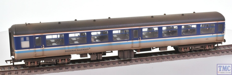 39-364 Bachmann OO BR Mk2A TSO Regional Railways (Passengers) ED Weathering