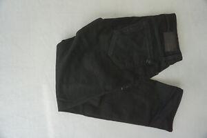 Mavi-Marcus-Jeans-Uomo-Diritto-Sottile-Gamba-Pantaloni-Stretch-W32-L32-Nero-Top