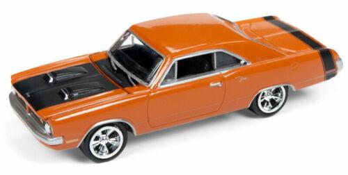 Johnny Lightning Muscle Auto World 1:64 Neuf dans sa boîte 1970 Dodge Dart Swinger Dark Orange