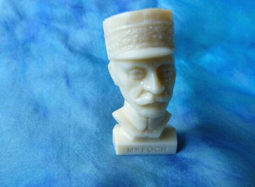 Figurine publicitaire Total - Bustes Gloires de la république : Maréchal Foch