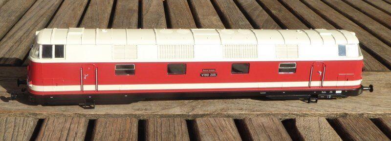 Gützold 35504 Lokgehäuse Diesellok Diesellok Diesellok V 180 205 der DR Ep.3 Neu BW Berlin-Grunewald f66dea