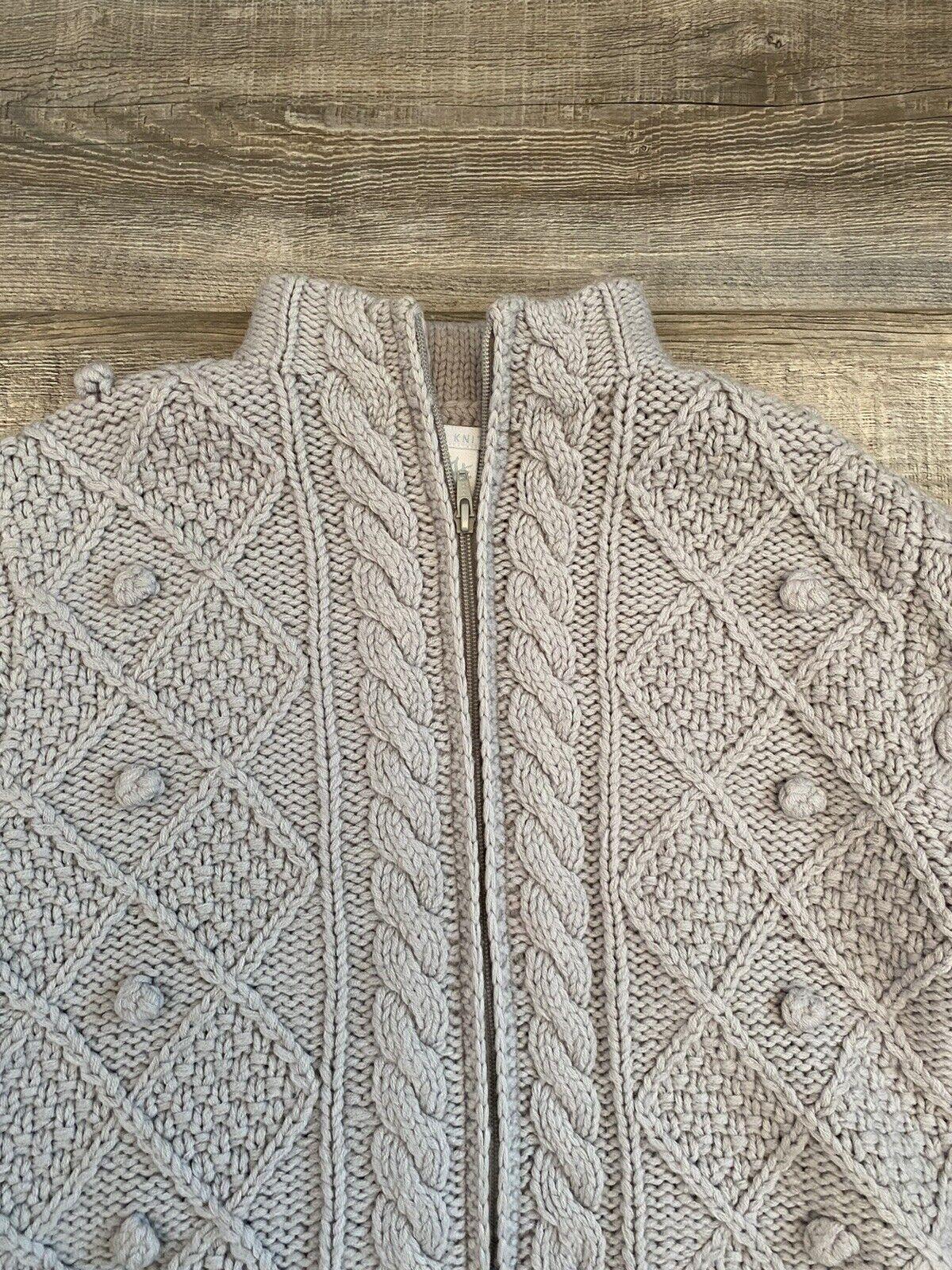 Hand Knit Gray Wool Crochet Chunky Knit Pom Pom F… - image 3