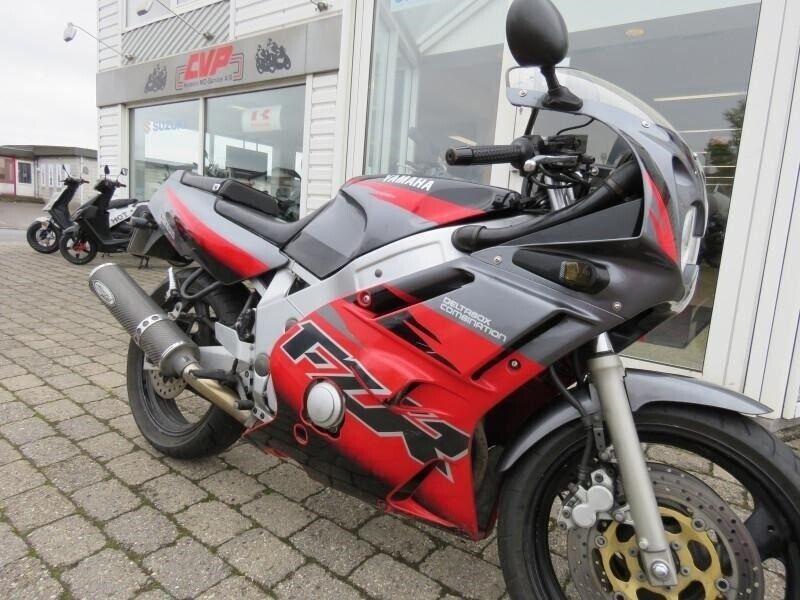 Yamaha, FZR 600 R, ccm 598