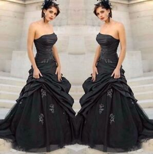 Black-Gothic-Wedding-Dresses-Strapless-Sleeveless-Pleat-Lace-Applique-Ball-Gown