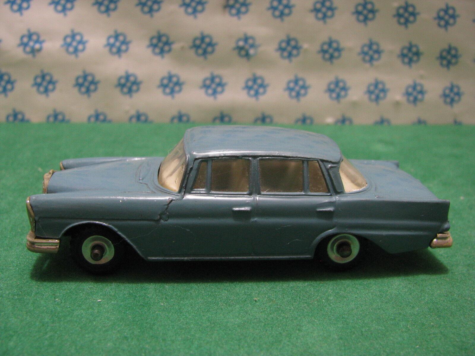Vintage - Mercedes-Benz 220 Se - Dinky Toys 186