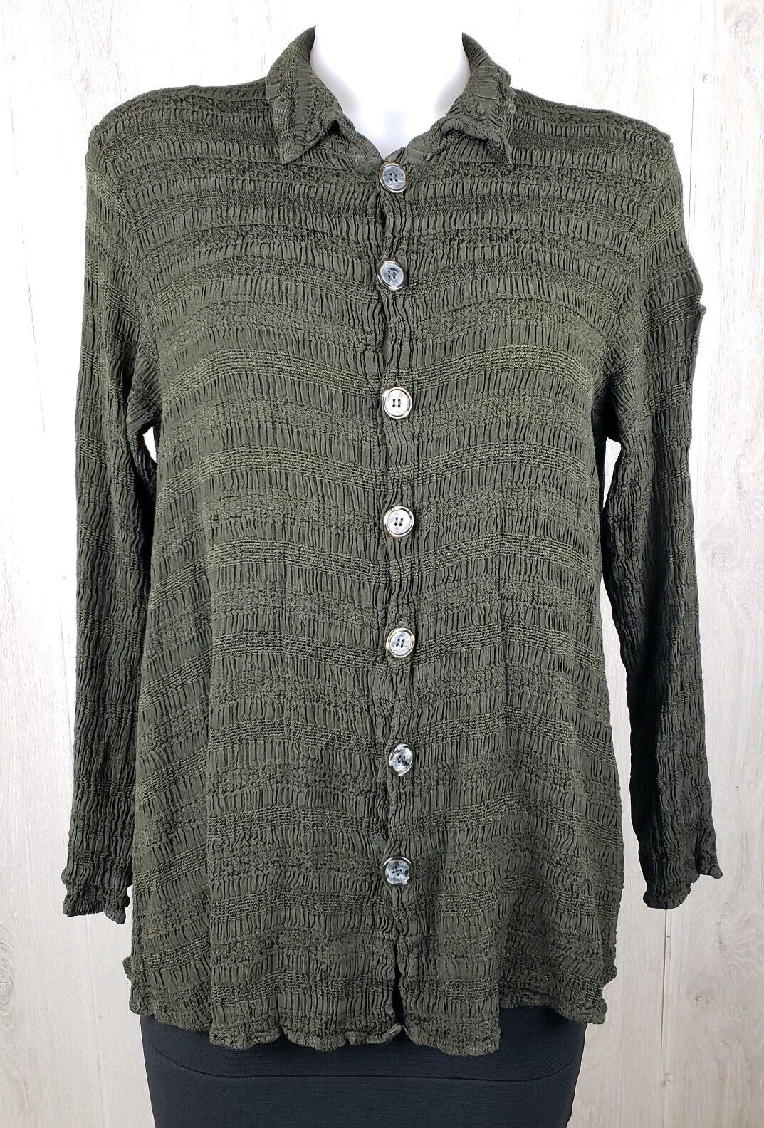 CP Shades Size S Button Down Lagenlook Green Top Stretch
