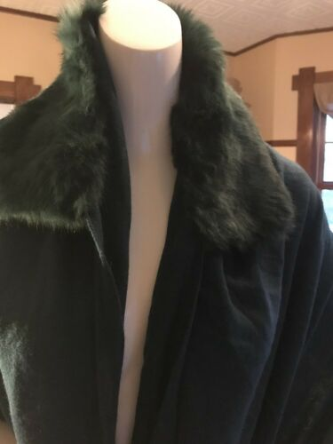 NWT Echo design green rabbit fur wrap cashmere blend R365
