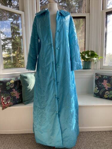 Vintage Barbara Lee Quilted Housecoat 60's Light B