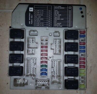 Nissan Navara D40 2005-2010 Under Bonnet Fuse Box Control Module  on