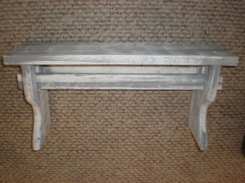 """White Weathered Looked Towel//Quilt Shelf 19/"""" Long Primitive Rustic"""