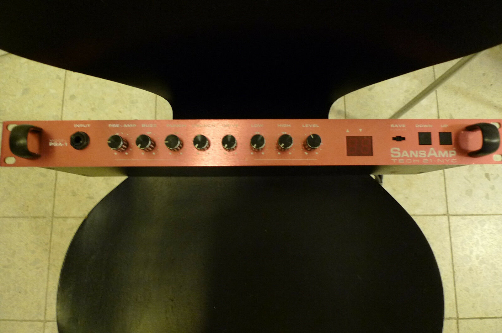 Tech 21 NYC SansAmp PSA 1  rot  Preamp Gitarre Bass Made in USA limited edition