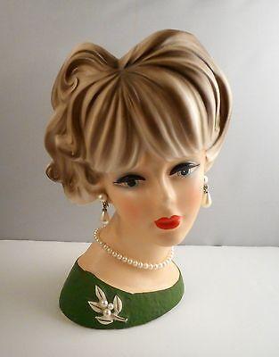 """Vintage Napcoware Lady Head Vase C7473 Japan 7-1/2""""  Pearl Pin Necklace Earrings"""