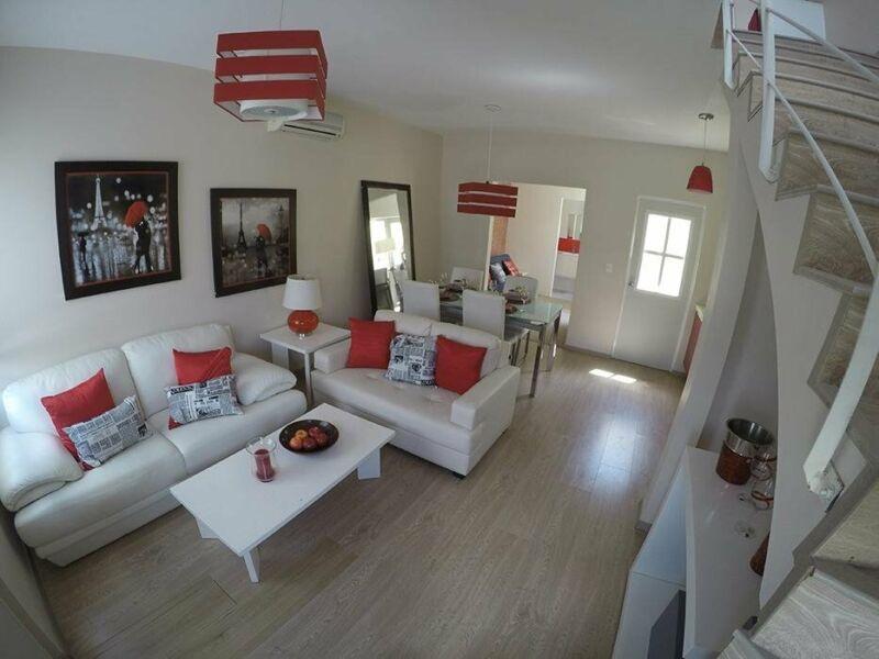 Casa en Venta en Real Valencia, Cancún, Quintana Roo 2 Recámaras.