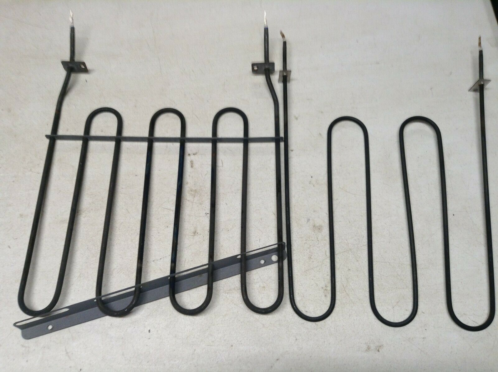 Stove Broil Element 316203301