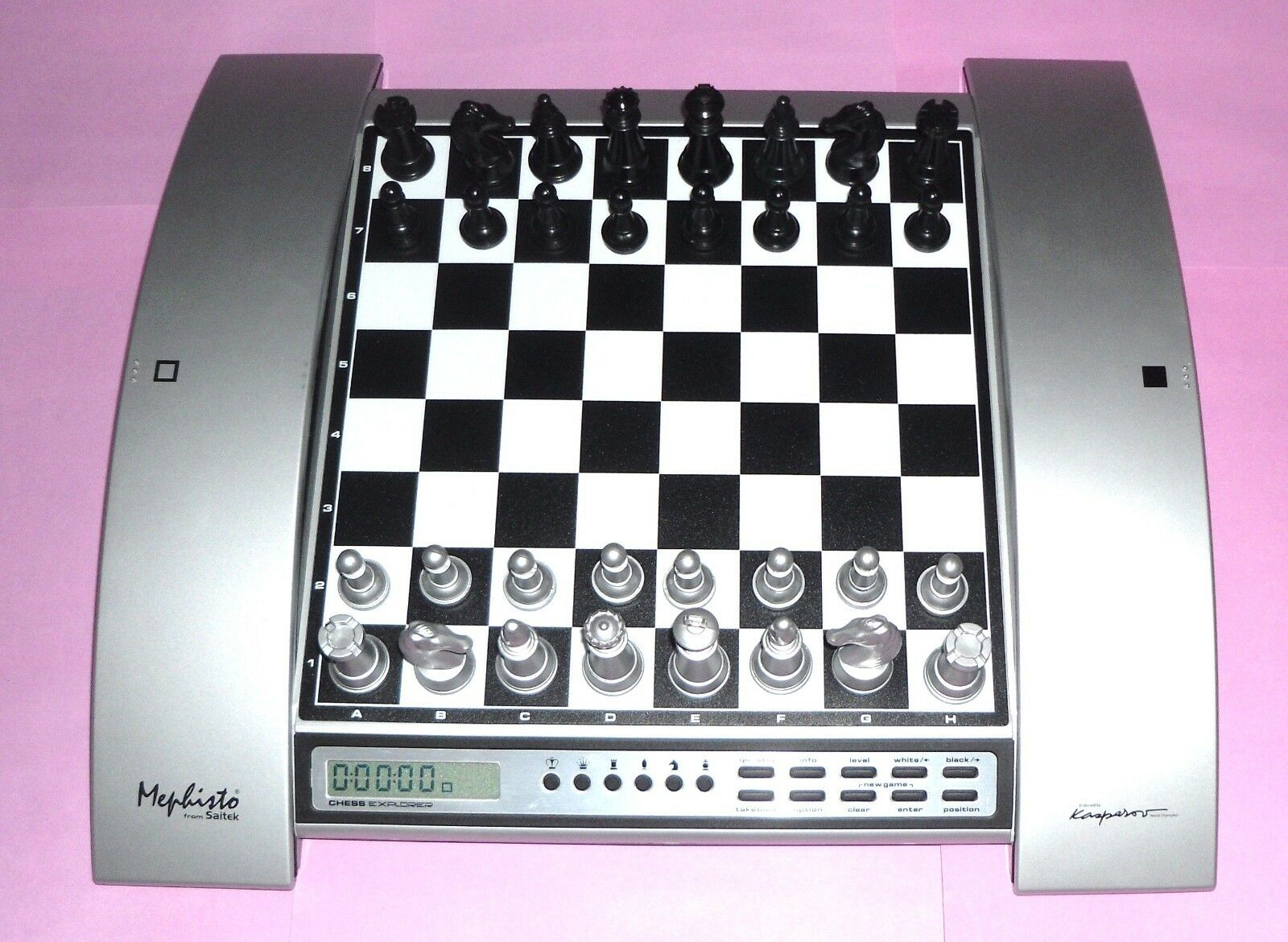 Ideal gift kasparov electronic chess computer by saitek