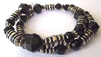 Collier Bijou Rétro Année 70 Fils Souple Perle Couleur Argent Perles Noir 582