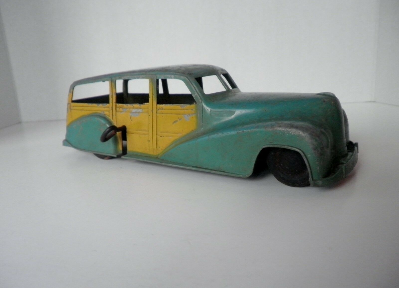 Metal maestros Die Cast Juguete Chrysler Woodie Station Wagon Coche de Juguete Wind-up