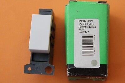 Click Minigrid MD002PW White 10A 2 Way Switch Module Lightswitch Plate Module