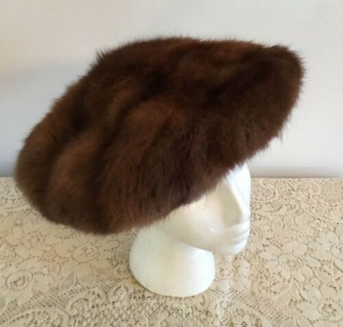 Vintage 60's Chocolate Brown Mink Fur Beret Hat  O