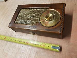 Vintage Transistor Radion in Vinyl Case - untested