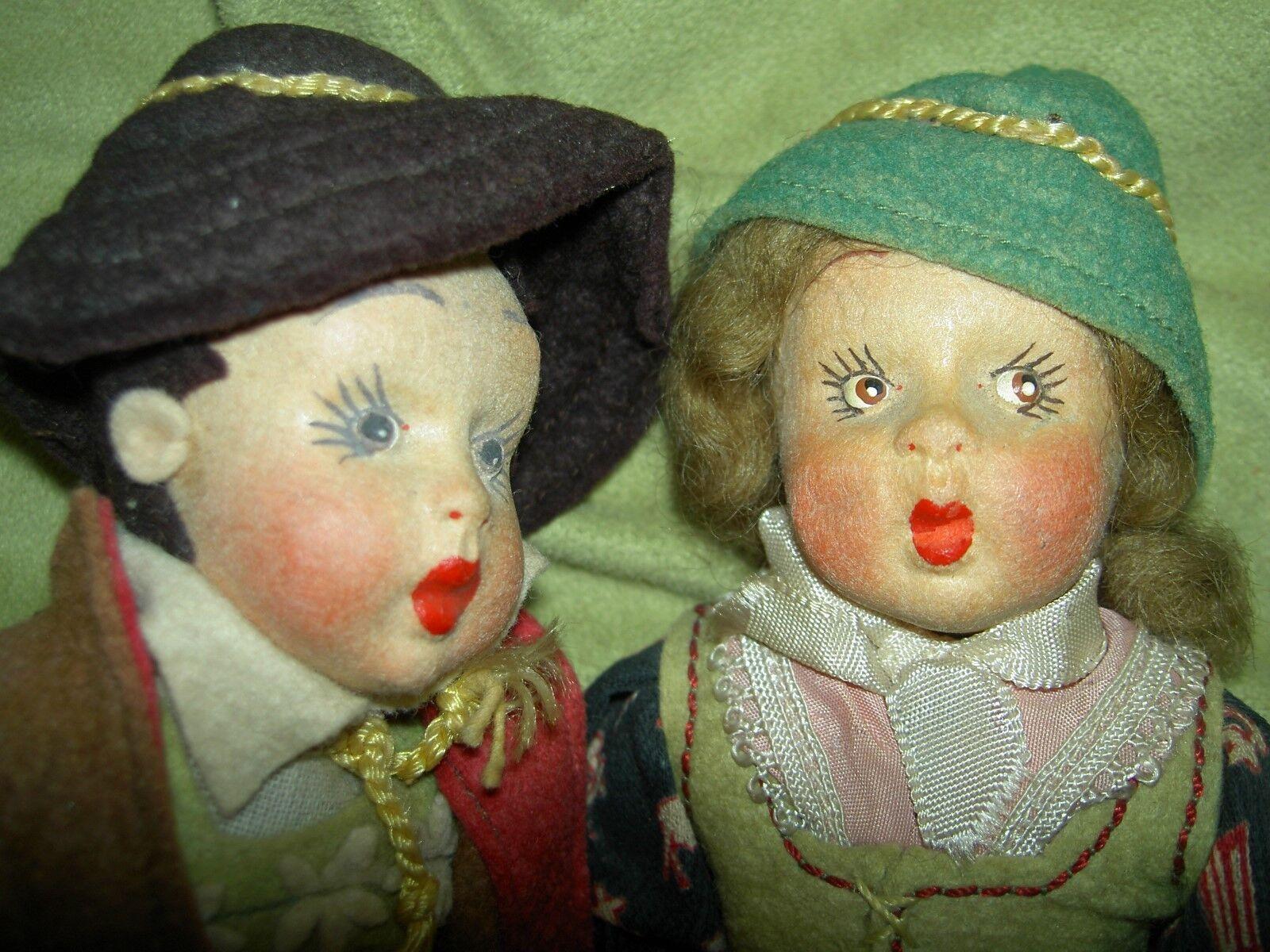 Pair  label felt  mascotte  miniature CARLA labeled (Lenci type) 1930 dolls