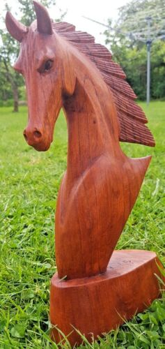 DARK FINISH 30CM STUNNING HAND CARVED WOODEN HORSE BUST