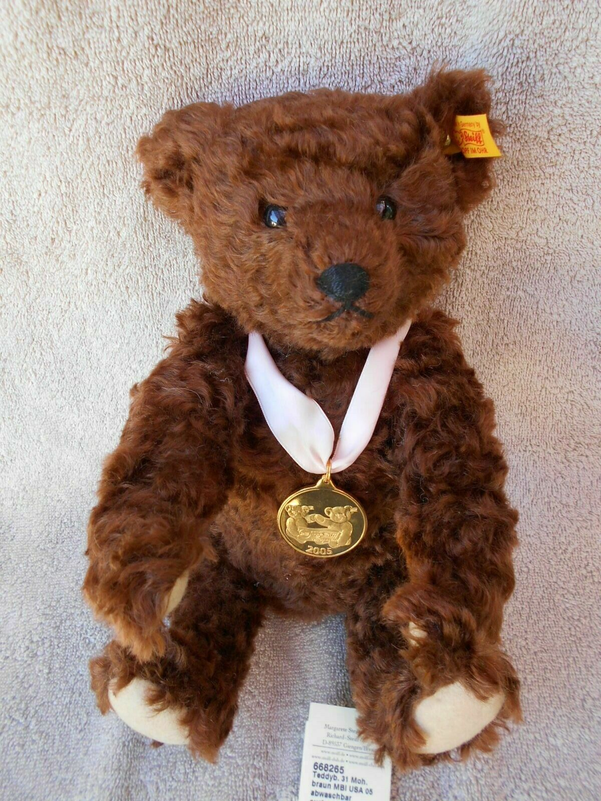 Steiff 2005 Bear of the Year [Danbury Mint]  NWTS