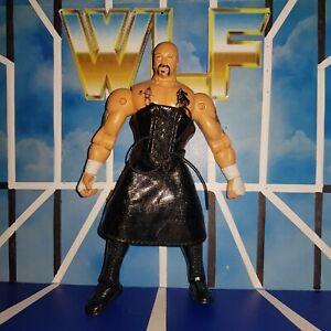 Perry-Saturn-w-Dress-WCW-Marvel-ToyBiz-WWE-Wrestling-Figure