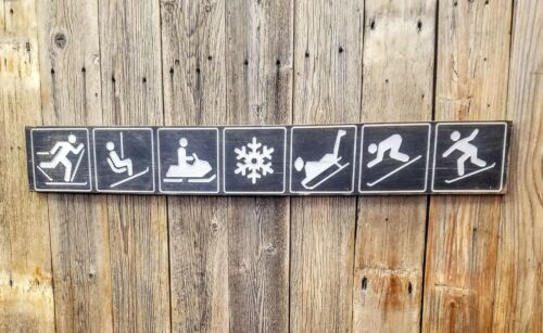 Winter Icons/Rustic/Carved/Wood/Recreational/National Forest/Snow skiing/Winter