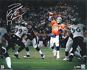 PEYTON-MANNING-Denver-Broncos-034-Throw-034-Autographed-8x10-REPRINT-FREE-Shipping