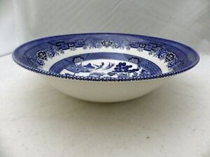 """Churchill of England - Blue Willow - 8 3/4"""" round Vegetable serving Bowl - EUC"""