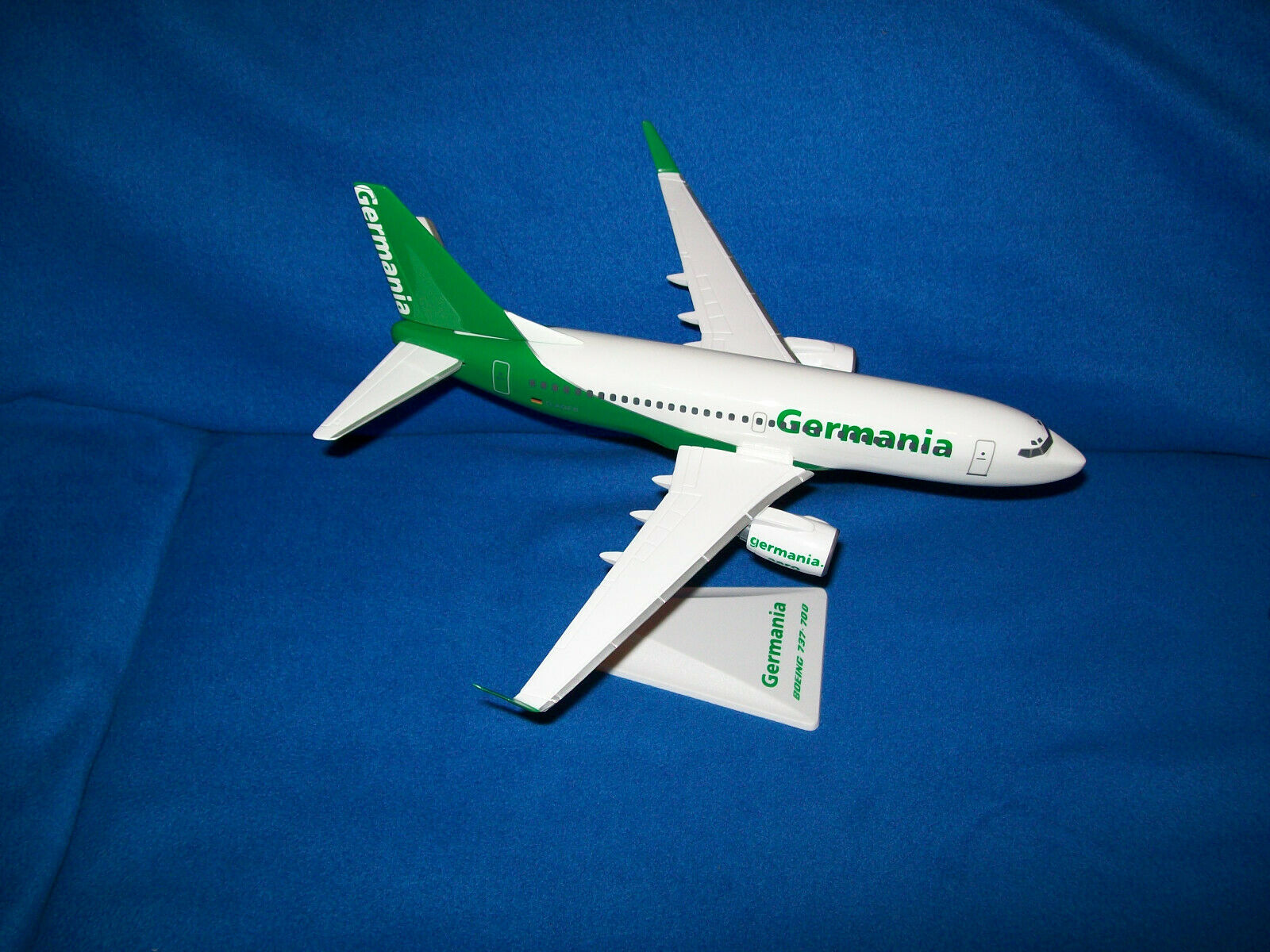 Tu satisfacción es nuestro objetivo Modelo Modelo Modelo de avión avión airbus Boing 1 100 Germania Herpa con embalaje original  tienda en linea
