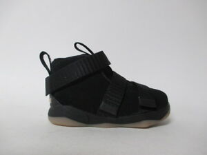 99f13de6aa286 Nike Lebron Soldier XI 11 Black Gum TD Toddler Sz 5 918367-007