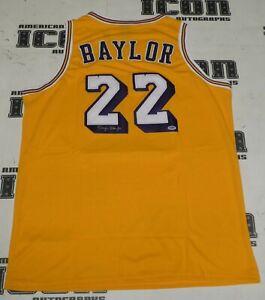Elgin-Baylor-Signed-Los-Angeles-Lakers-Basketball-Jersey-PSA-DNA-COA-Autograph
