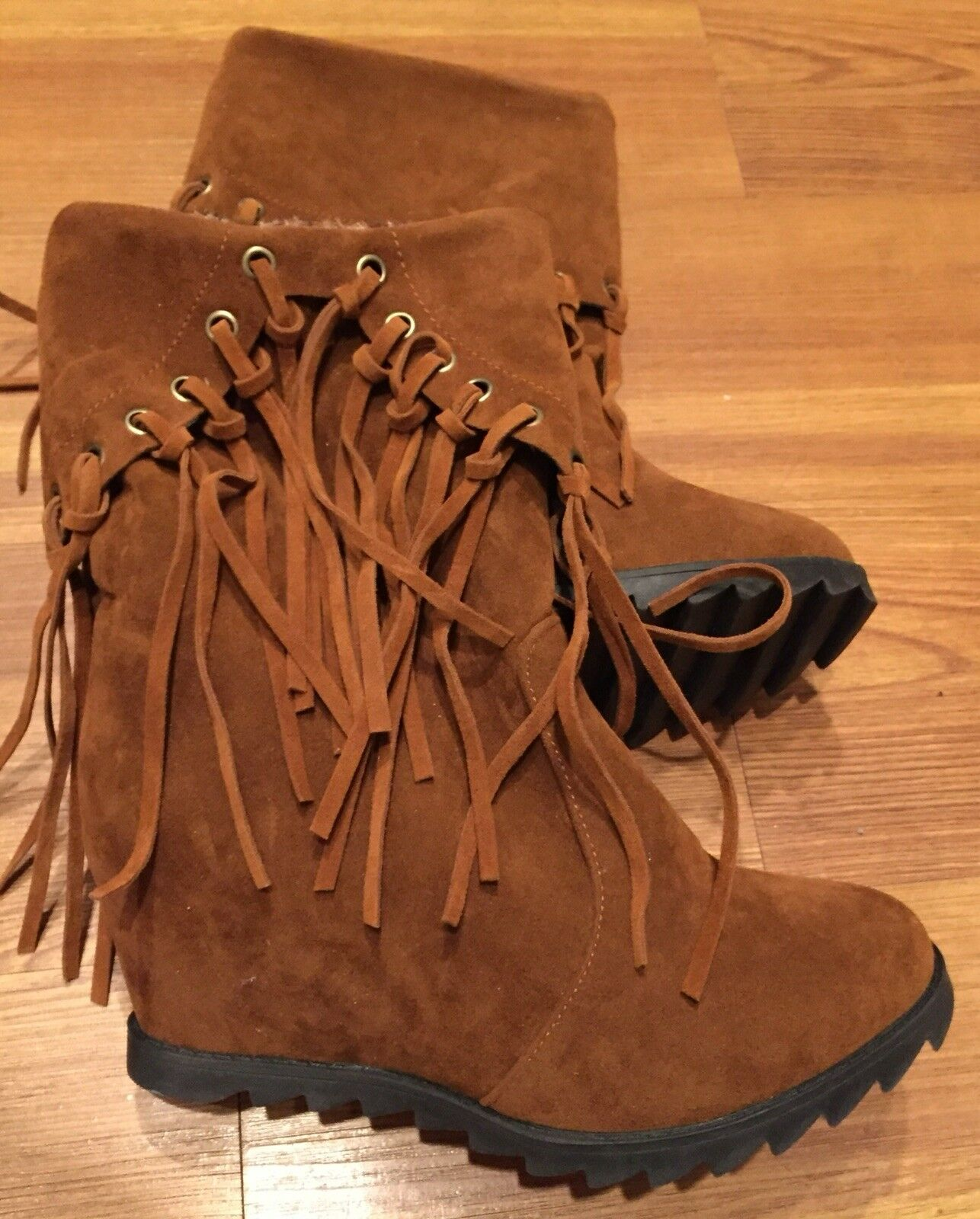 WOWLK Suede-Like Chestnut Fringed Winter Boots InnerWedge w Faux Leopard SZ9