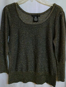 Apostrophe-Top-M-8-10-Black-Beige-Stripe-with-Metallic-Gold-3-4-Sleeve