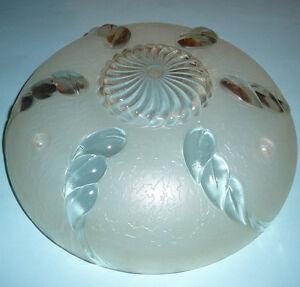 ViNTAGE-1930s-ART-NOUVEAU-DECO-GLASS-CEiLiNG-LiGHT-FiXTURE-3-CHAiN-PEARL-WHiTE