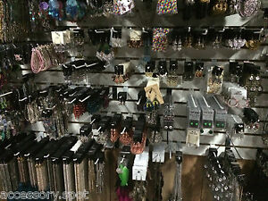 WHOLESALE-JEWELRY-LOT-50-pieces-NECKLACE-BRACELET-EARRINGS-amp-more-All-New