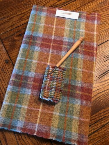 1//4 YD 100/% WOOL FOR RUG HOOKING OR WOOL APPLIQUE ~ SUNSET PLAID