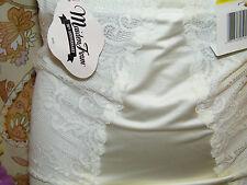 Maidenform 1104 Flexees Women/'s 90th Anniversary Full Slip NEW!!