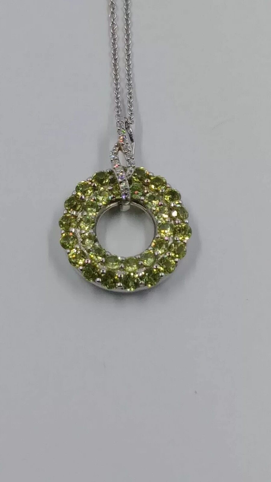 Samuel Aaron Journey Circle Simulated Peridot and Chain